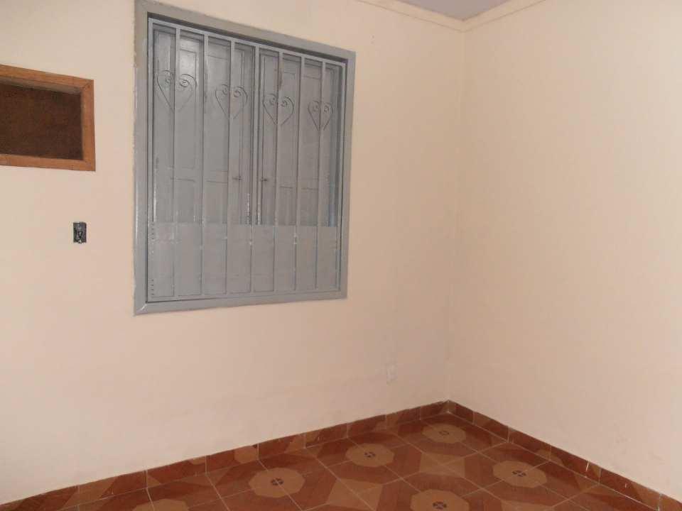 Casa para alugar Rua Sul América,Bangu, Rio de Janeiro - R$ 900 - SA0062 - 18