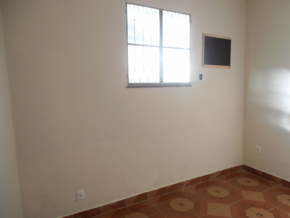 Casa para alugar Rua Sul América,Bangu, Rio de Janeiro - R$ 900 - SA0062 - 25