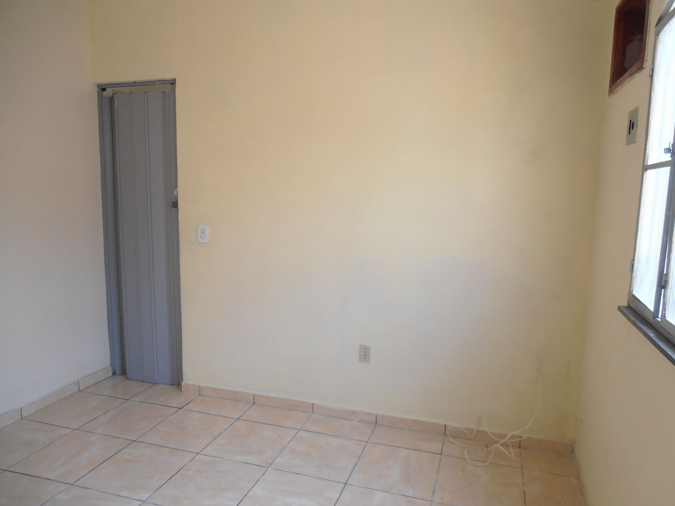 Casa para alugar Rua Senador Maynard Gomes,Bangu, Rio de Janeiro - R$ 700 - SA0108 - 17