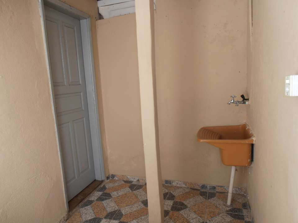 Casa para alugar Rua Acesita,Bangu, Rio de Janeiro - R$ 550 - SA0002 - 32